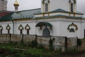 Общегородской субботник в монастыре [ФОТОРЕПОРТАЖ]