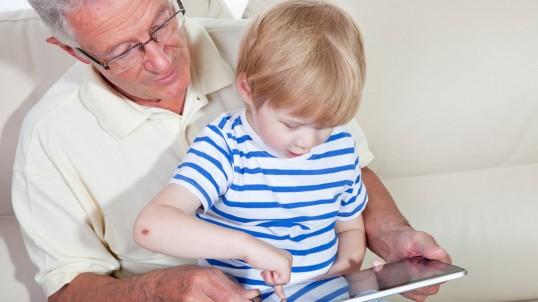 В Прикамье пенсионеры-опекуны начнут получать пенсию с индексацией